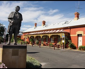 Forbes Railway Arts and Visitor Information Centre - Redcliffe Tourism