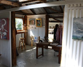 Tin Shed Gallery - Redcliffe Tourism