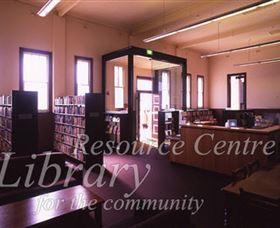Sir Henry Parkes Memorial School Of Arts Tenterfield - Redcliffe Tourism