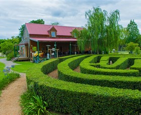 Amazement Farm and Fun Park / Cafe and Farmstay Accommodation - Redcliffe Tourism