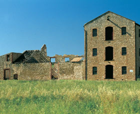 Clinchs Mill - Redcliffe Tourism