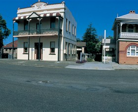 Wingham Self-Guided Heritage Walk - Redcliffe Tourism