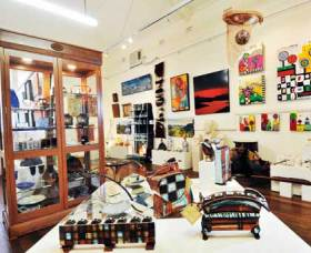 Nimbin Artists Gallery - Redcliffe Tourism