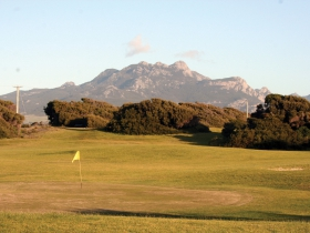 Flinders Island Sports  RSL Club - Redcliffe Tourism