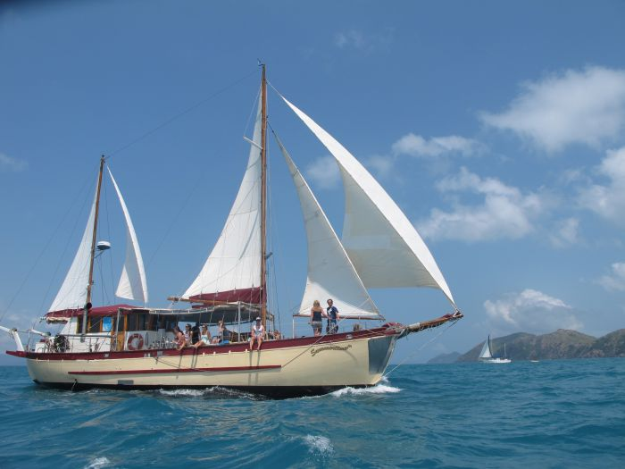 Adventure Cruise Dive and Outer Reef - Whitsundays Sailing Adventures - Redcliffe Tourism