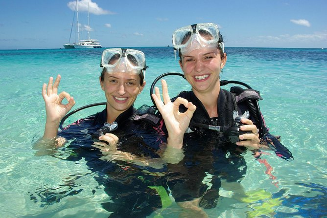 Ocean Spirit Michaelmas Cay Dive and Snorkel Cruise from Palm Cove - Redcliffe Tourism