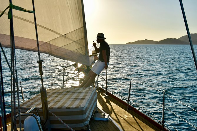 Magnetic Island Twilight Sailing Cruise - Redcliffe Tourism