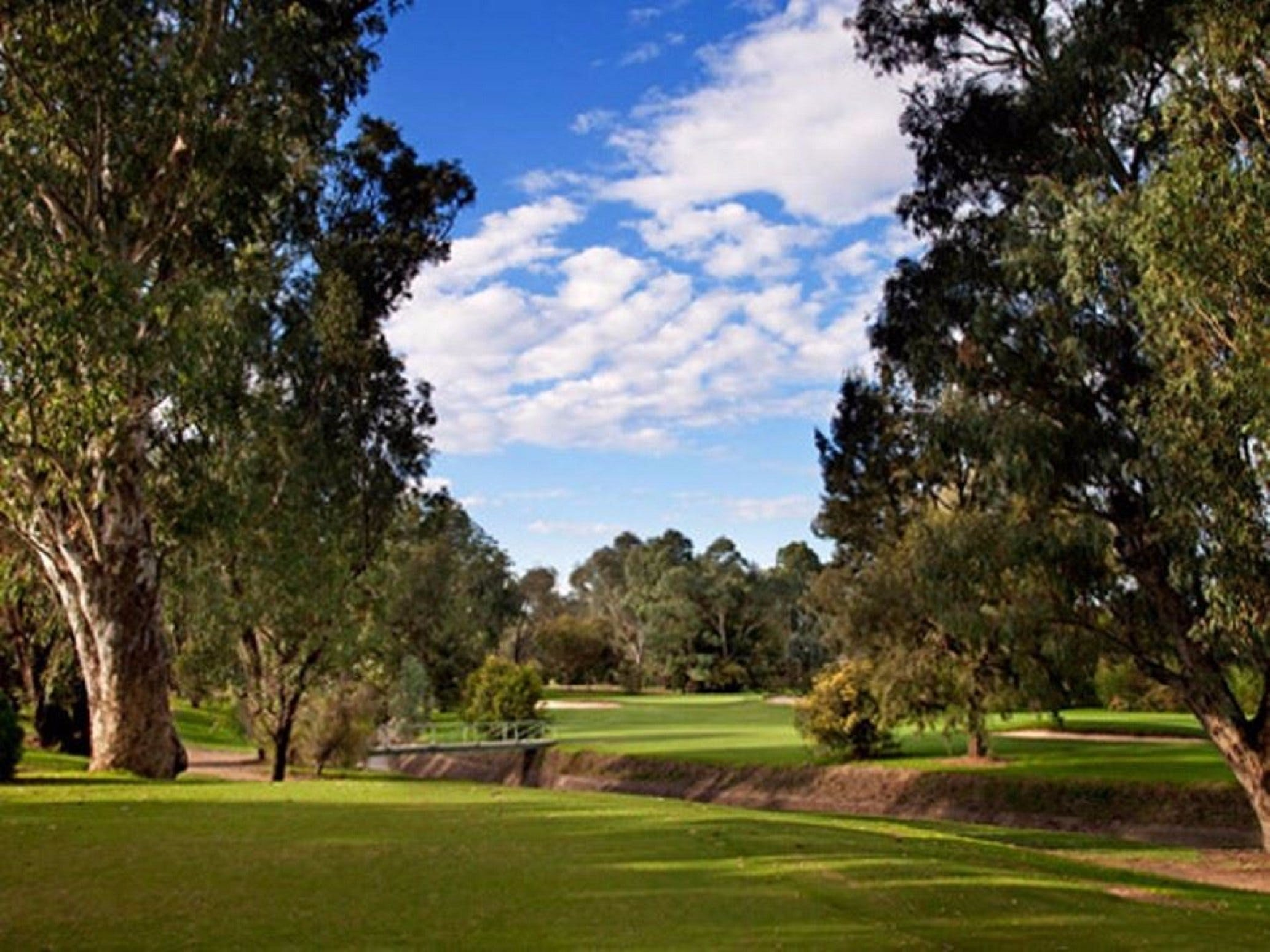 Commercial Golf Course - Redcliffe Tourism