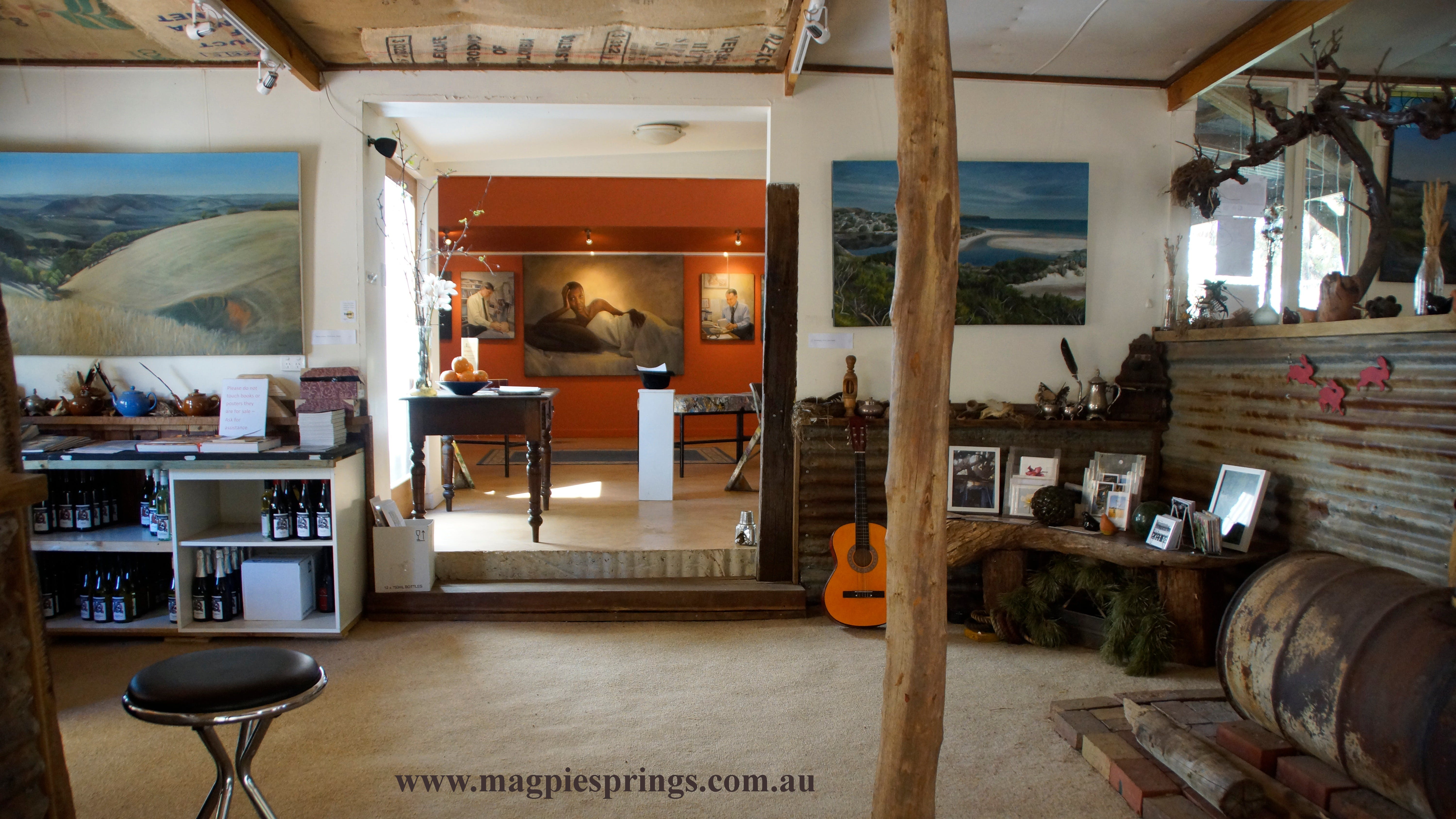 Magpie Springs gallery - Redcliffe Tourism