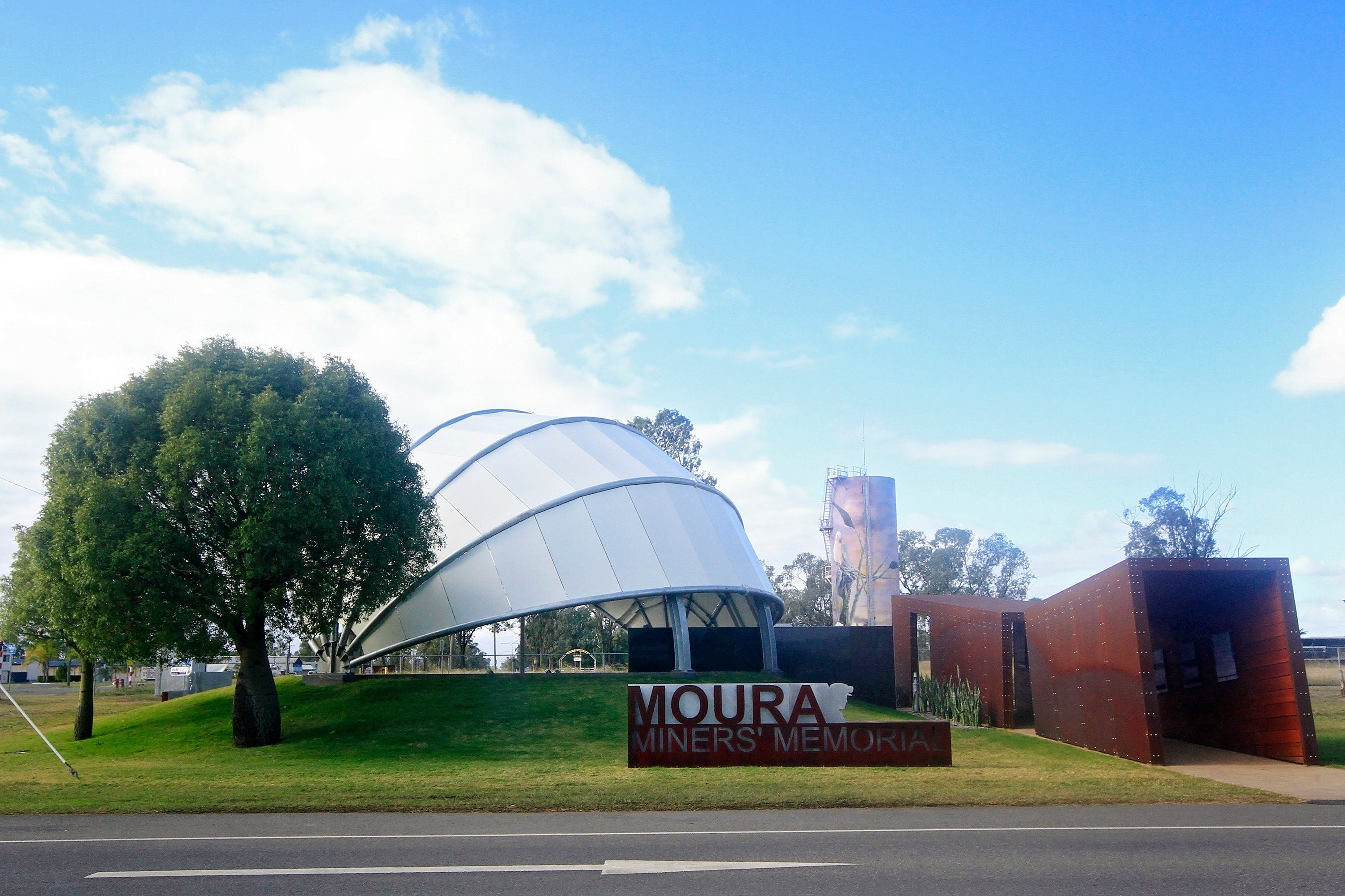 Moura - Redcliffe Tourism