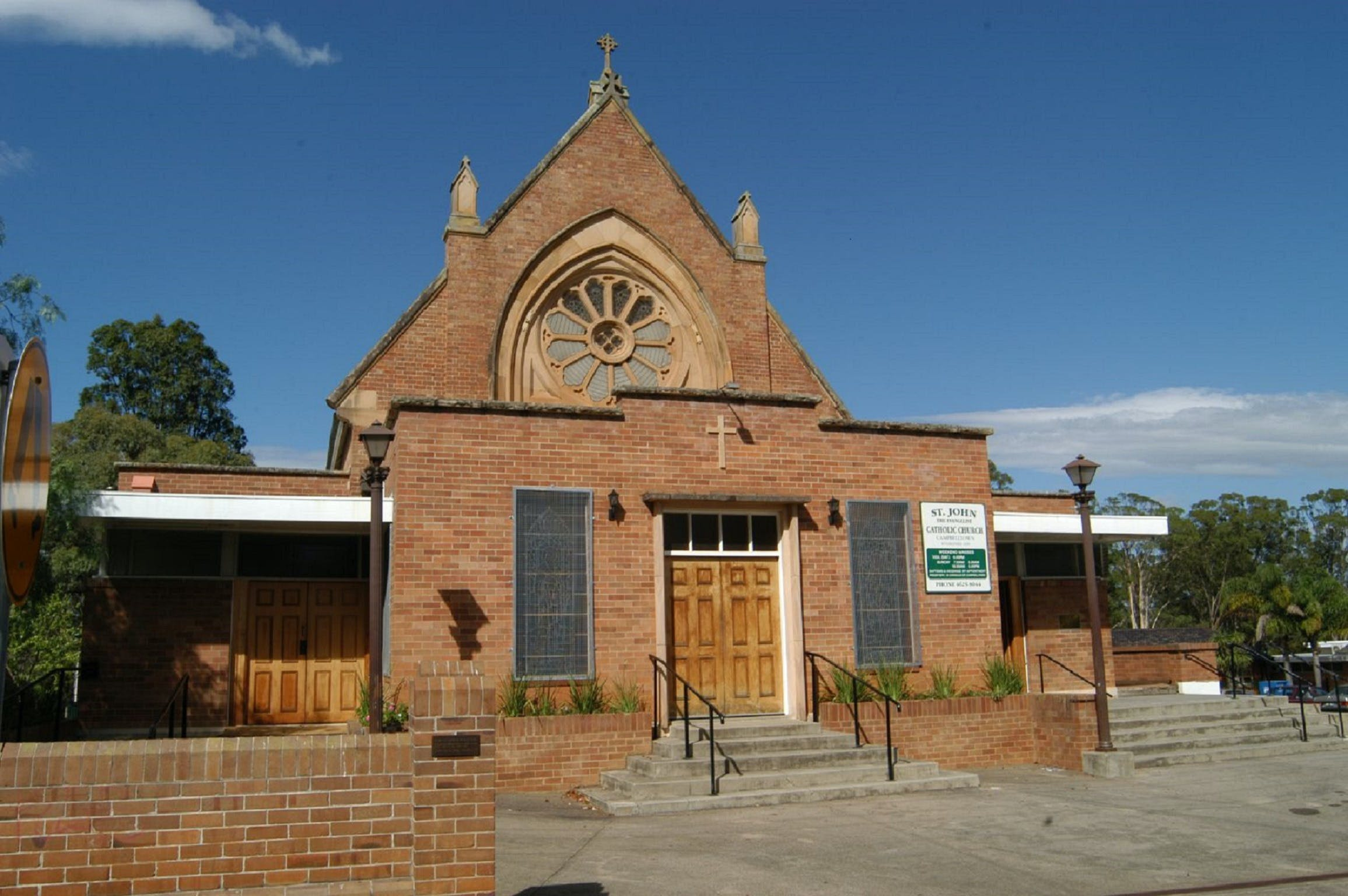 St John's Catholic Church - Redcliffe Tourism