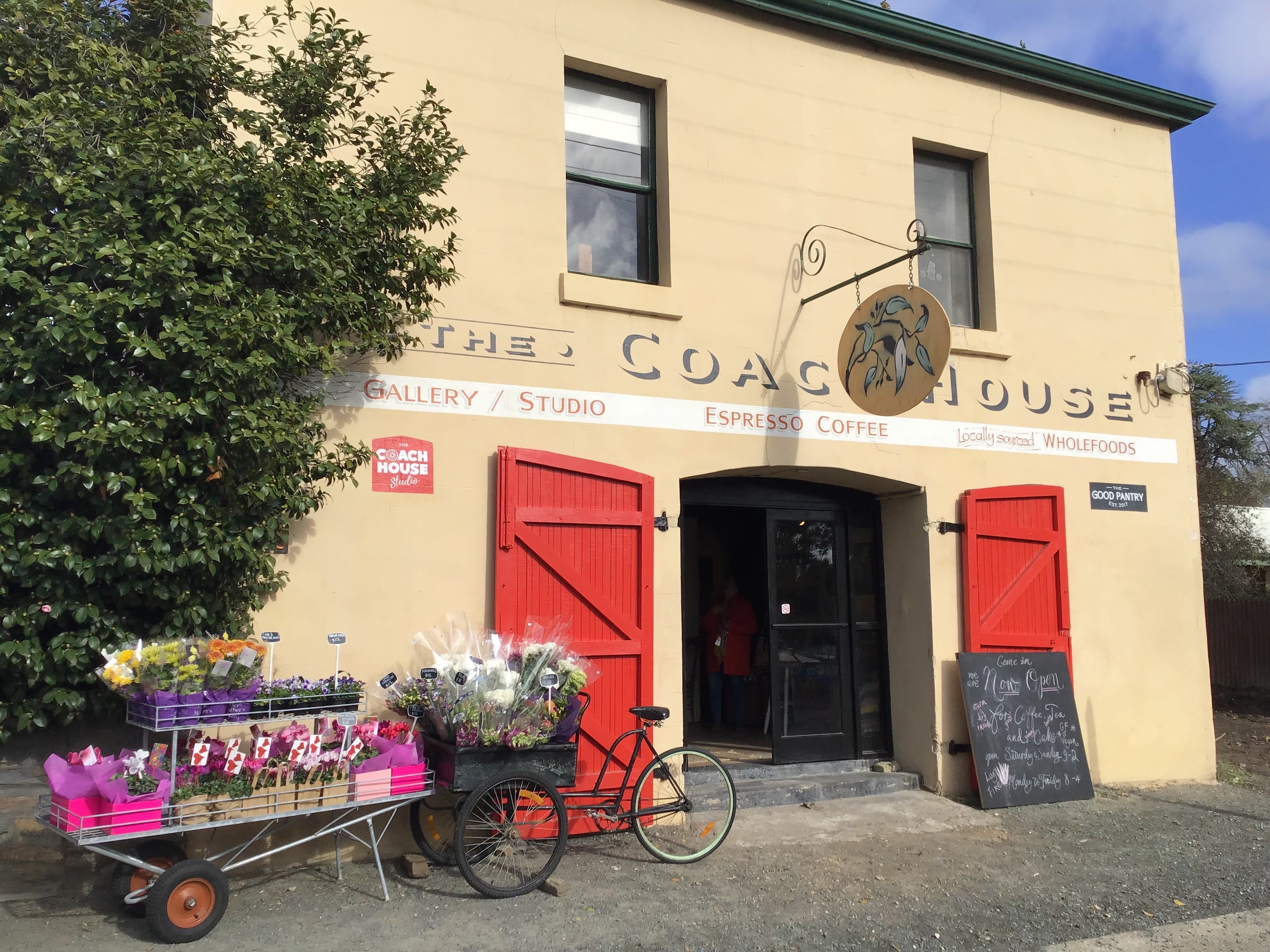 The Coach House Studio - Redcliffe Tourism