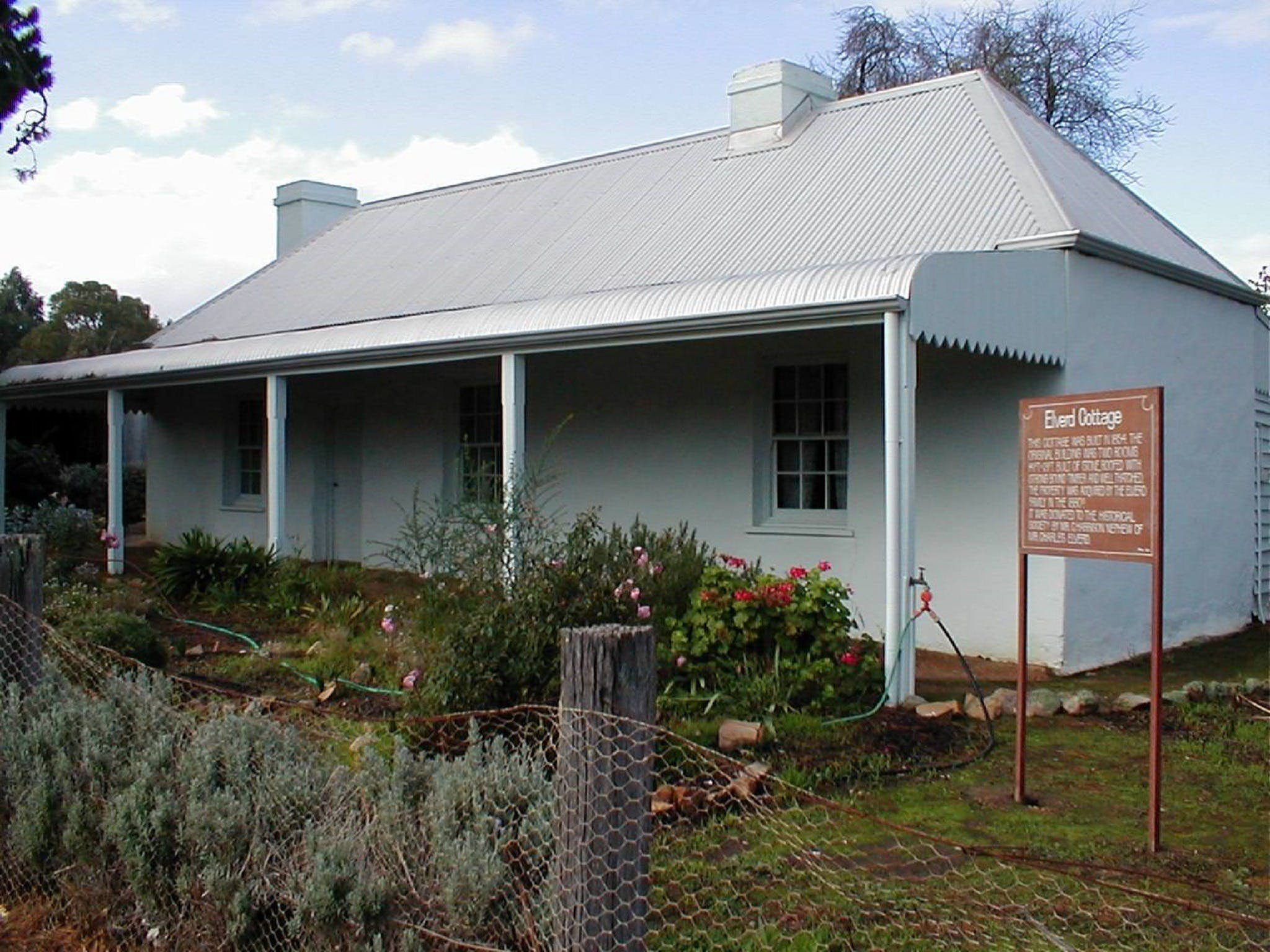 Elverd Cottage - Redcliffe Tourism