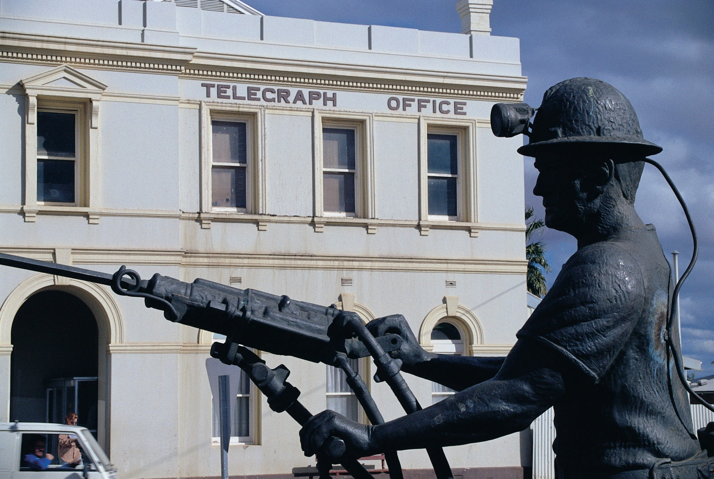 Miners Monument - Redcliffe Tourism
