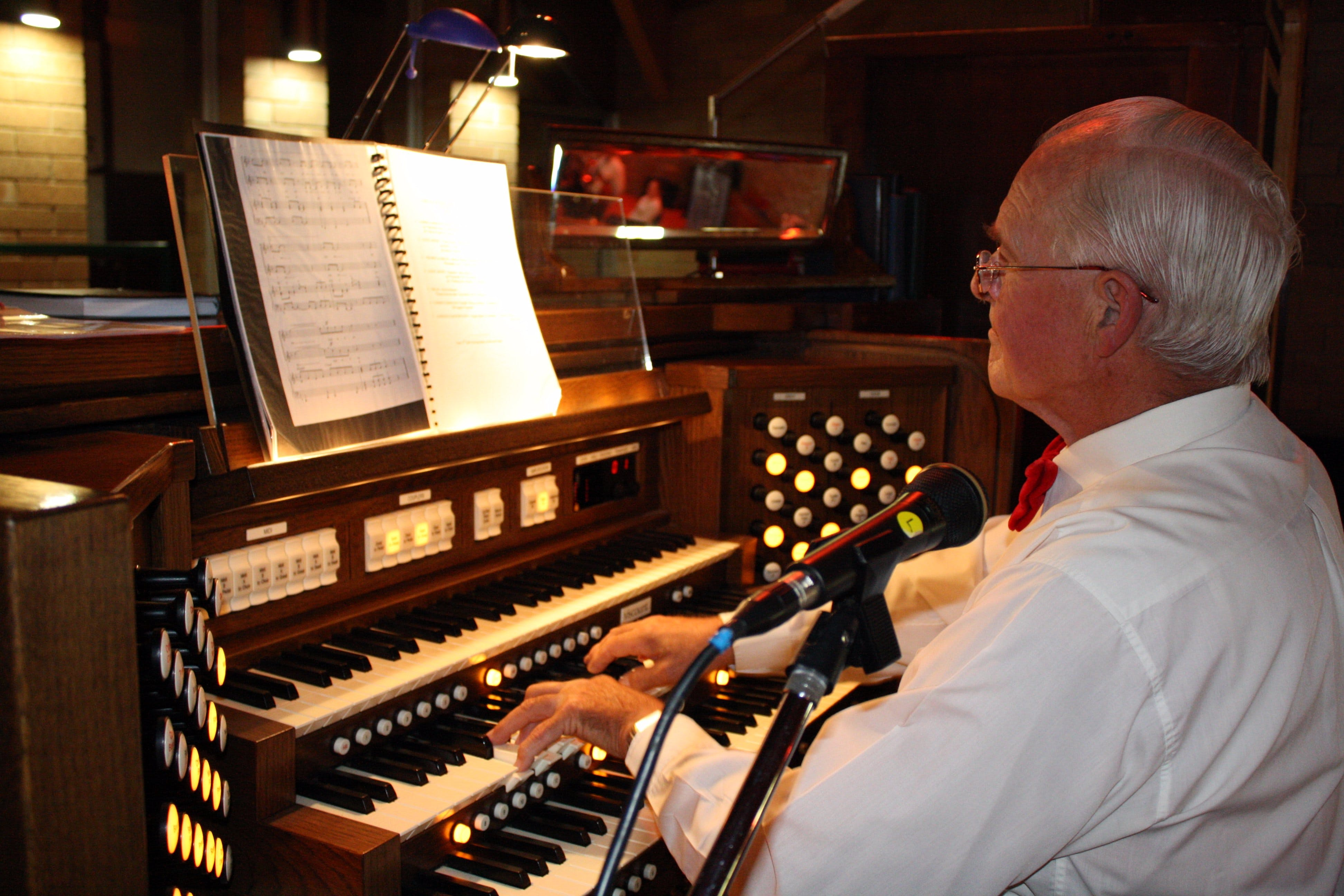 St Bartholomews Largest Digital Pipe Organ in the Southern Hemisphere - Redcliffe Tourism