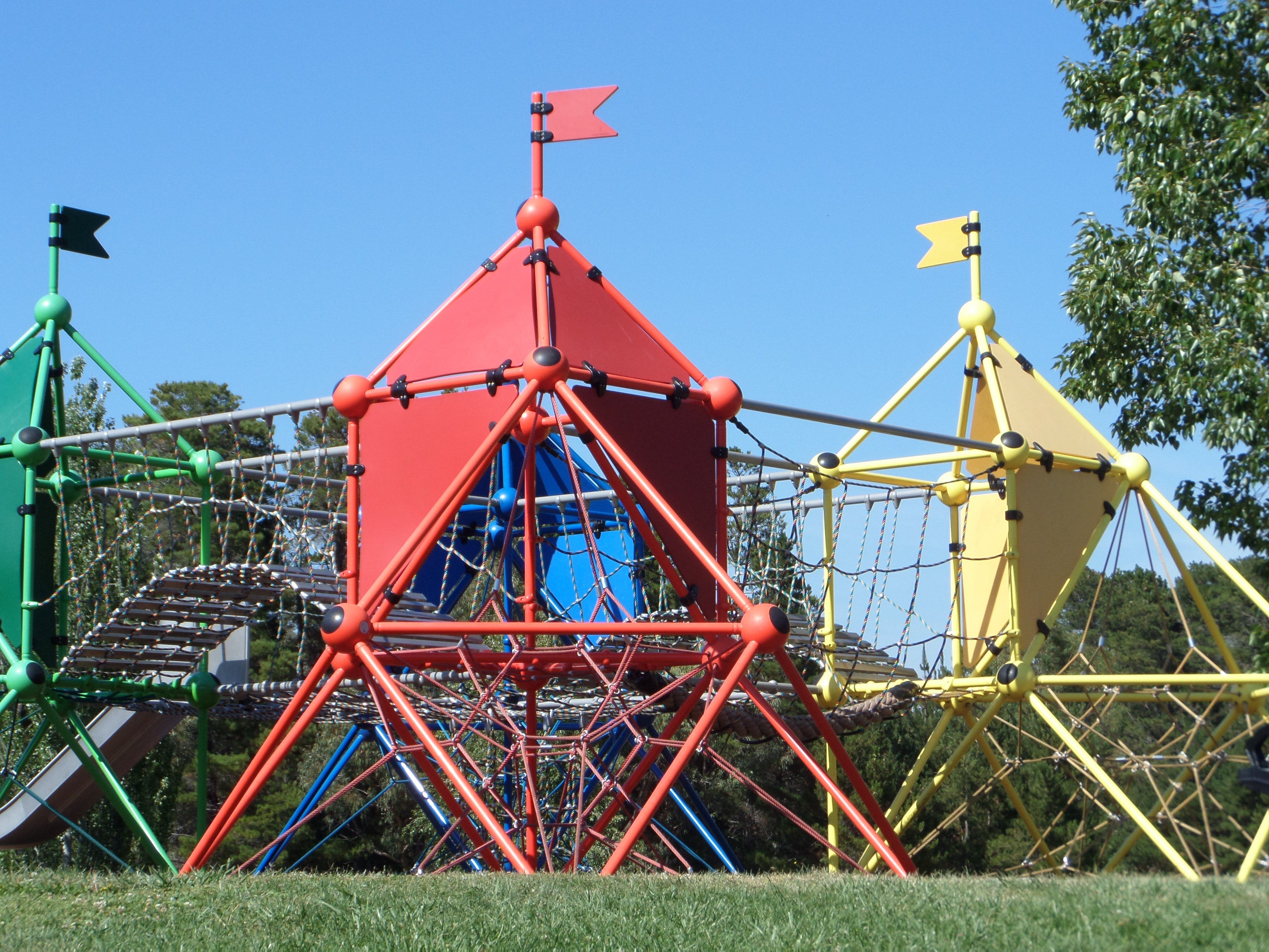 Fadden Pines Playground - Redcliffe Tourism