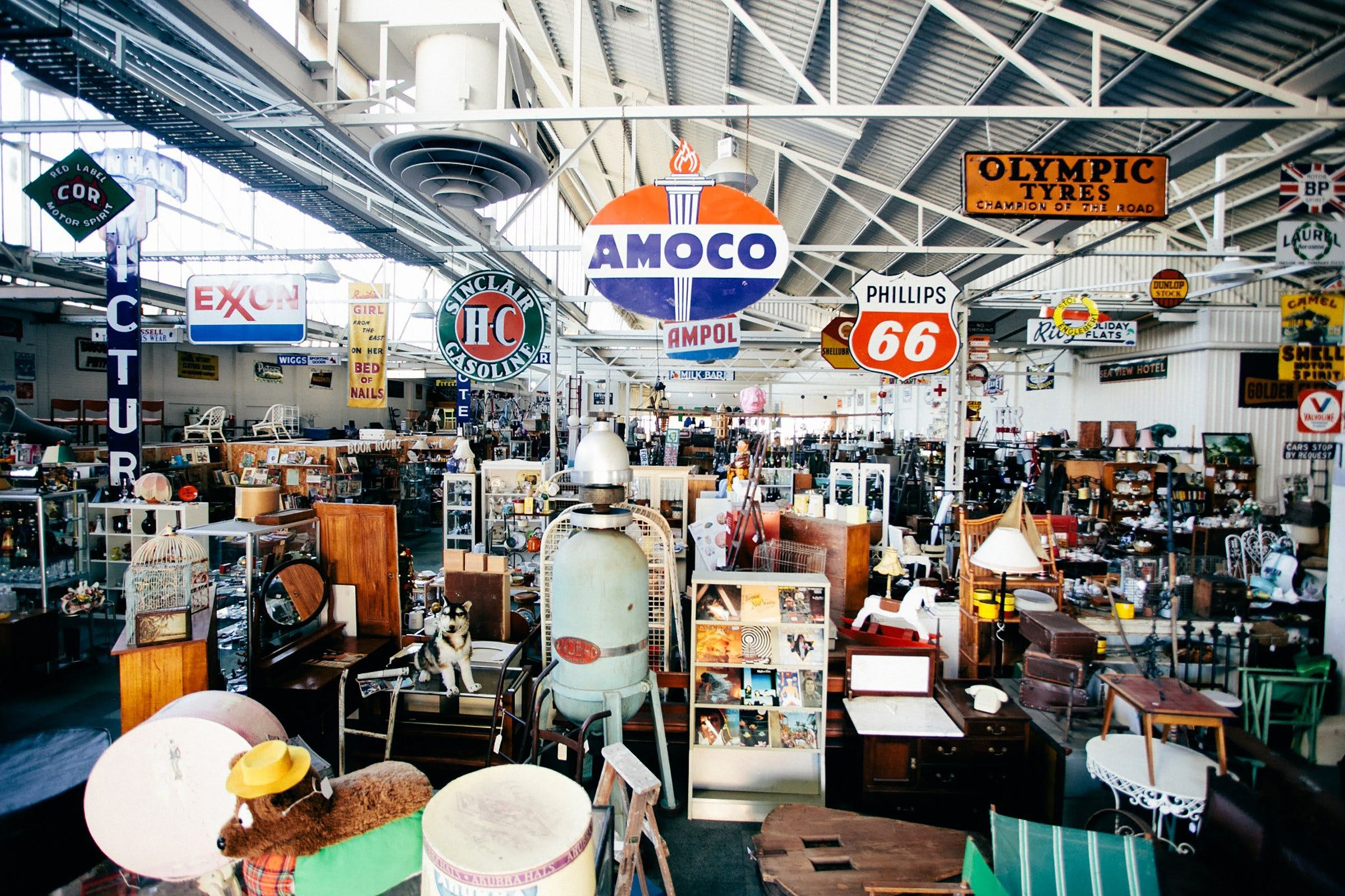 Geelong Vintage Market - Redcliffe Tourism