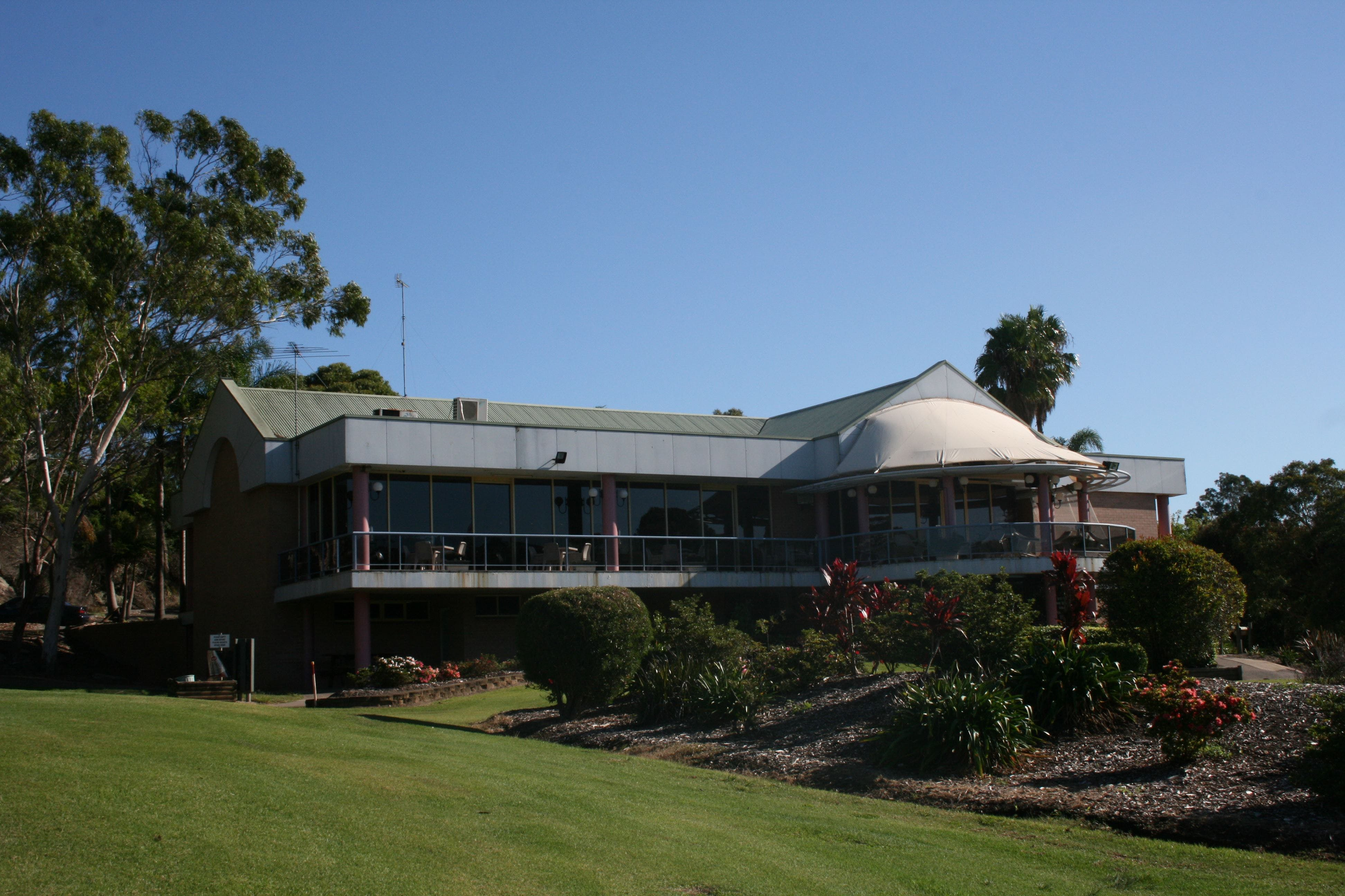 Bardwell Valley Golf Club Ltd - Redcliffe Tourism