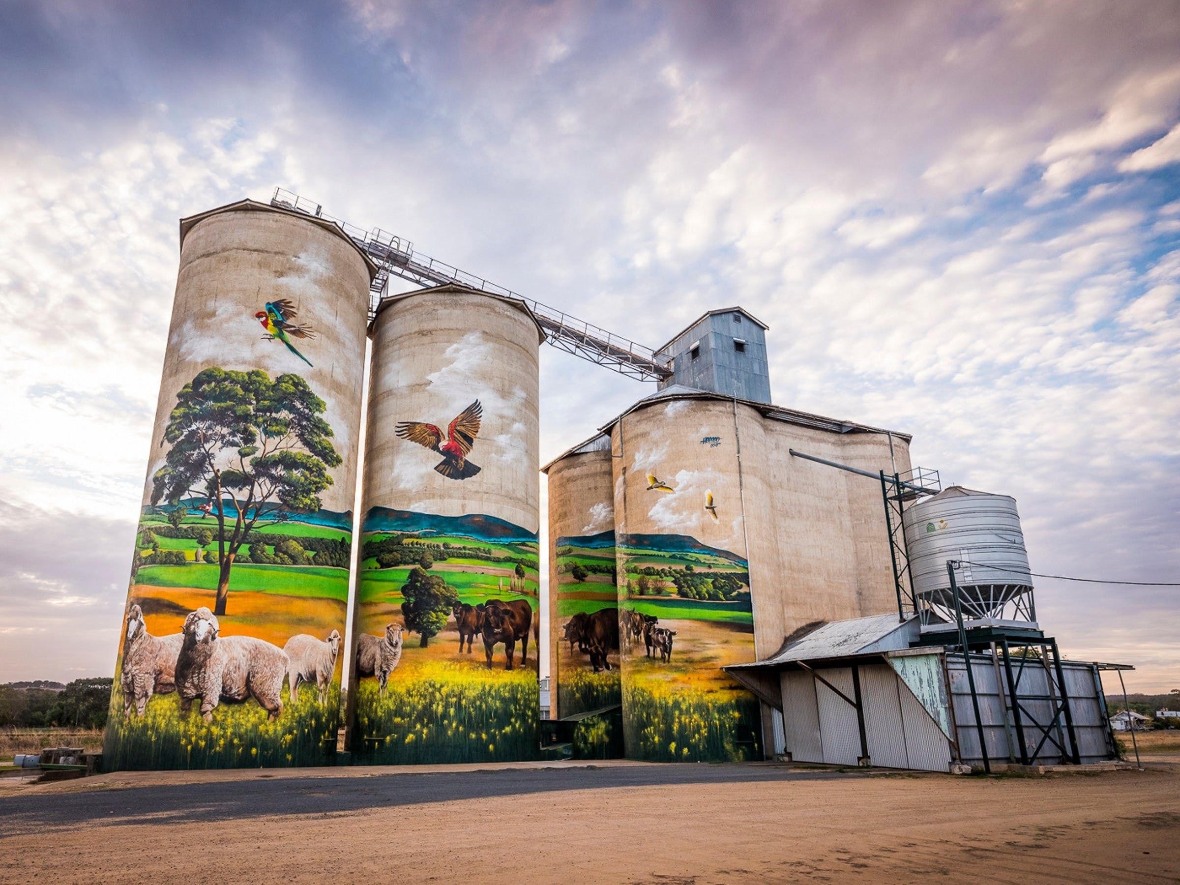 Grenfell Commodities Silos - Redcliffe Tourism