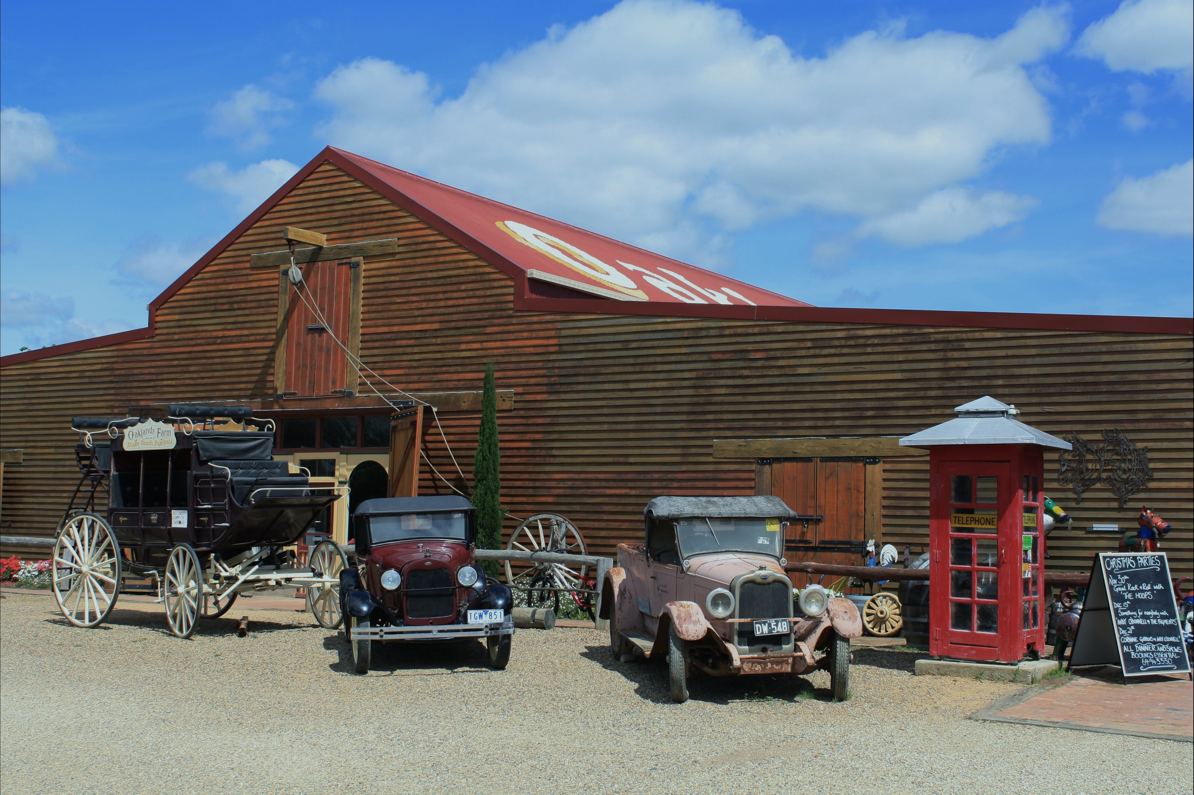 Oaklands Barn - Redcliffe Tourism