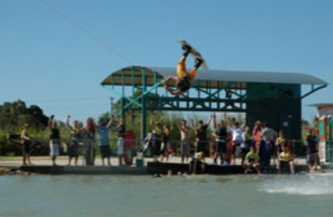 Cable Ski Cairns - Redcliffe Tourism