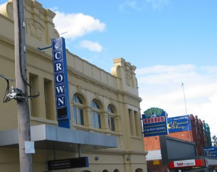 Crown Hotel Lilydale - Redcliffe Tourism