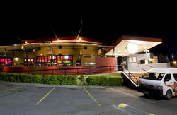 Fitzy's Hotel - Redcliffe Tourism