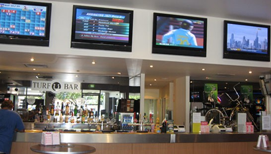 Ferry Road Tavern - Redcliffe Tourism