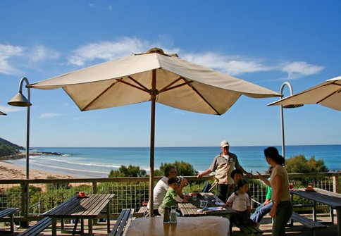 Wye Beach Hotel - Redcliffe Tourism