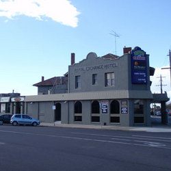 Royal Exchange Hotel - Redcliffe Tourism