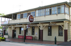 Commercial Hotel Alexandra - Redcliffe Tourism