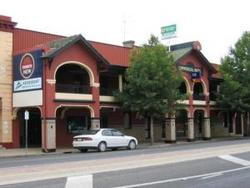 Commercial Hotel Benalla - Redcliffe Tourism