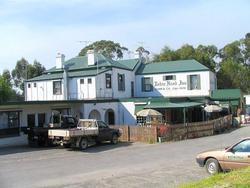 Robin Hood Hotel - Redcliffe Tourism