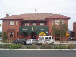 Commercial Hotel Hayfield - Redcliffe Tourism
