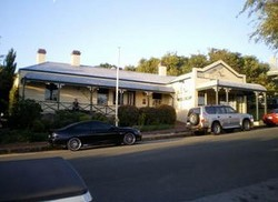 Earl of Spencer Historic Inn - Redcliffe Tourism