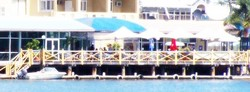 The Outrigger Bar - The Parade Hotel - Redcliffe Tourism