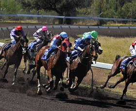 Alice Springs Turf Club - Redcliffe Tourism