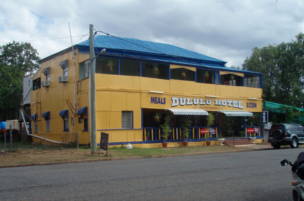 Dululu Hotel - Redcliffe Tourism
