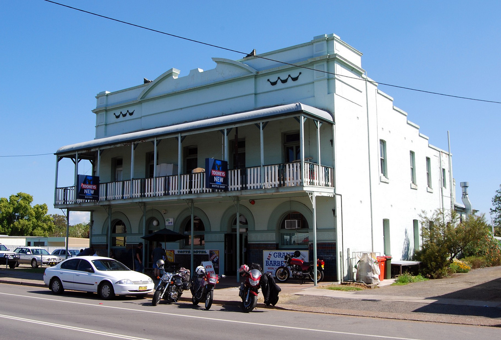 Tattersalls Hotel - Redcliffe Tourism