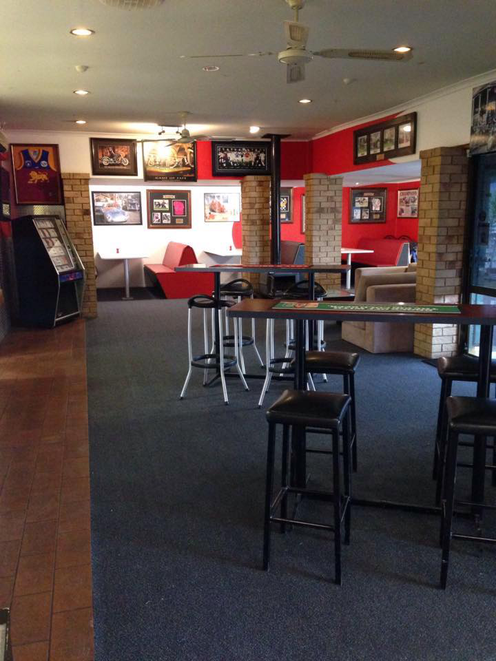 The Back Page Sports Bar  Grill - Redcliffe Tourism