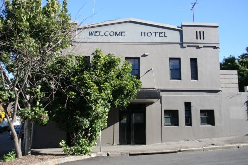 Welcome Hotel - Redcliffe Tourism