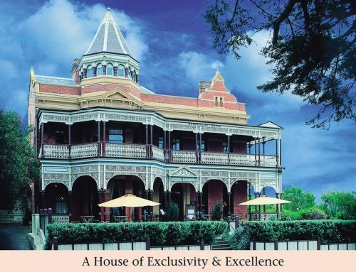 Queenscliff Hotel - Redcliffe Tourism