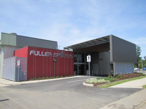 Fuller Sports Club - Redcliffe Tourism