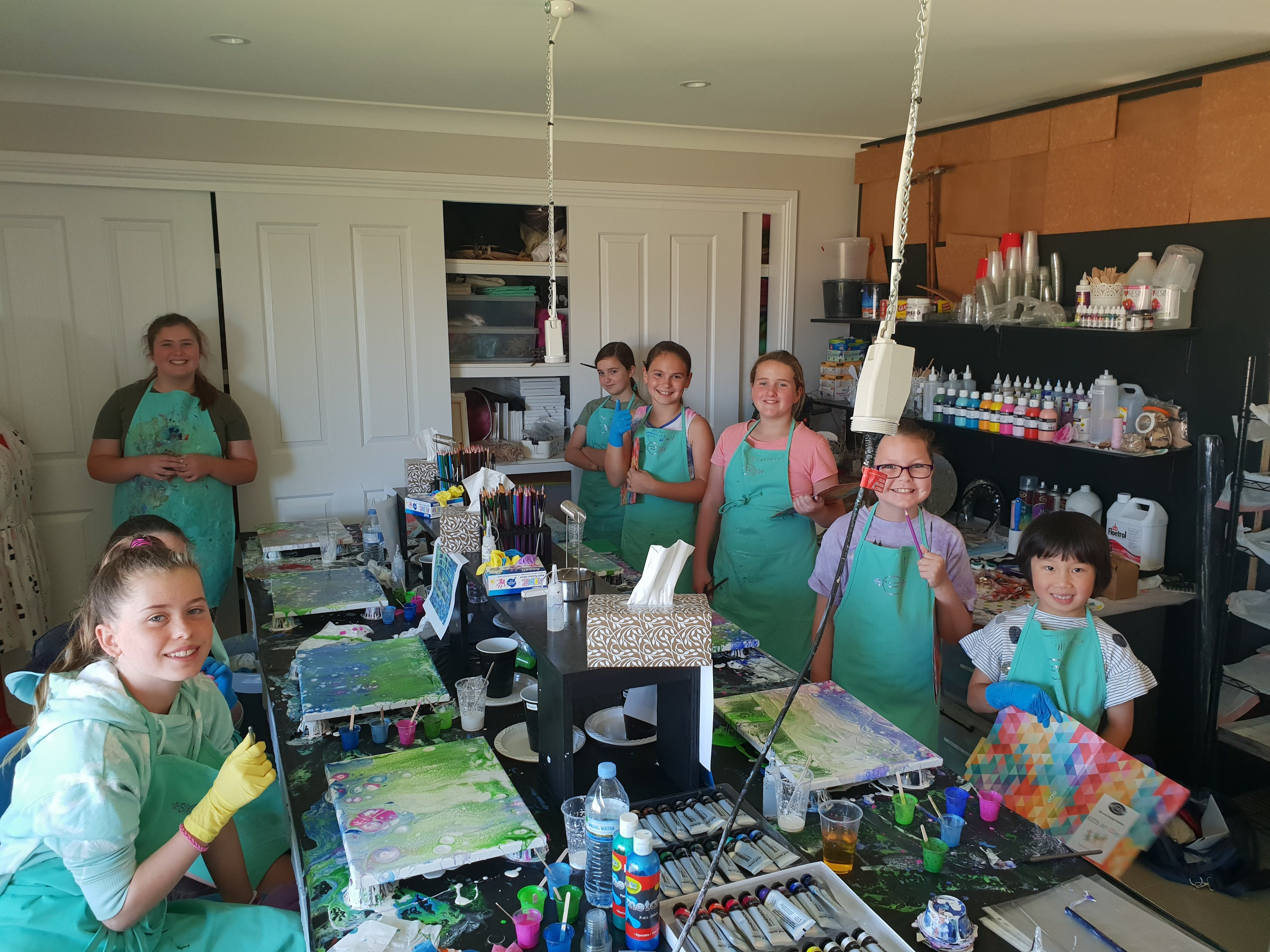 School holidays - Kids art class - Painting - Redcliffe Tourism
