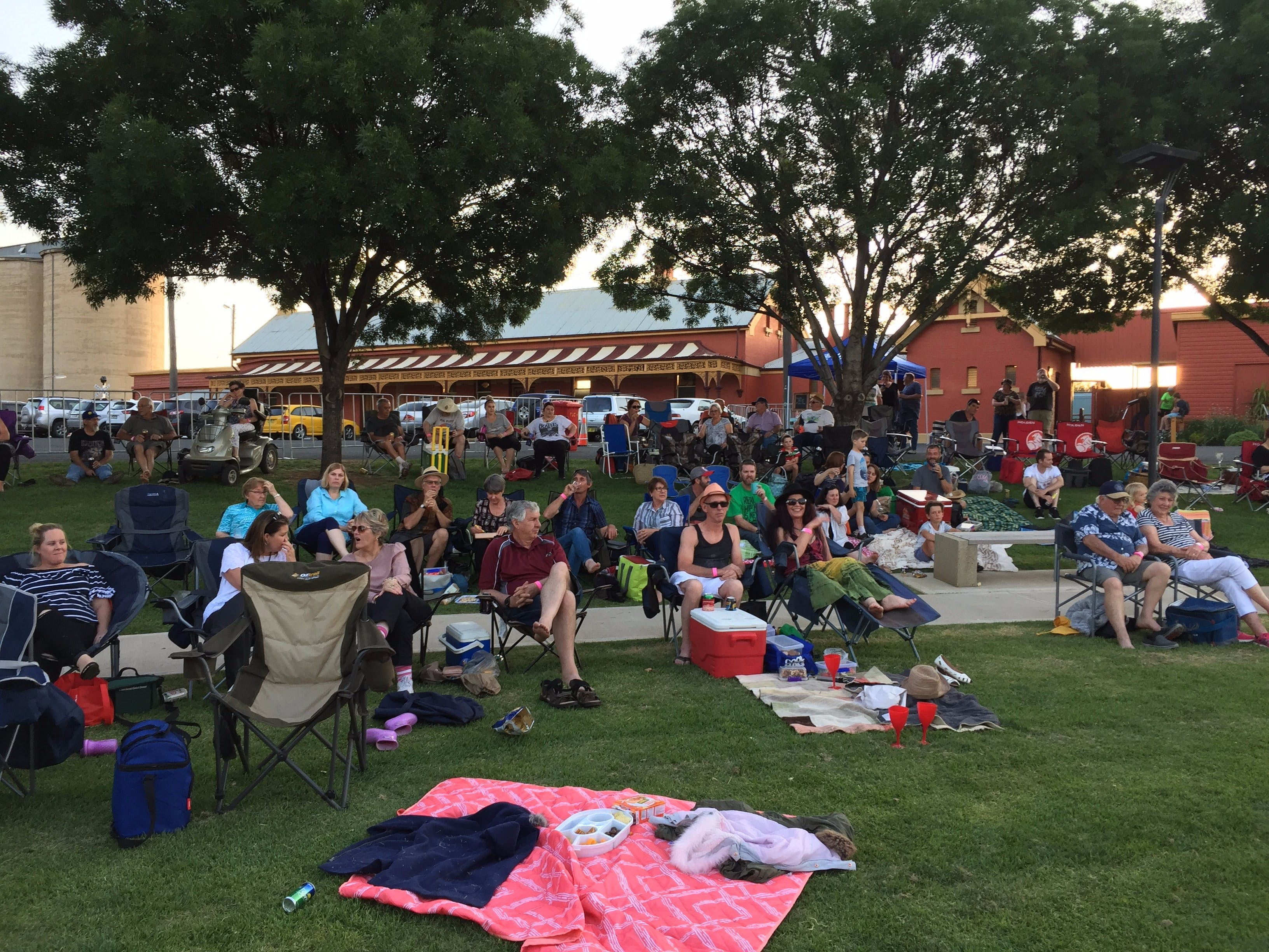 Temora New Years Family Fun Night - Redcliffe Tourism