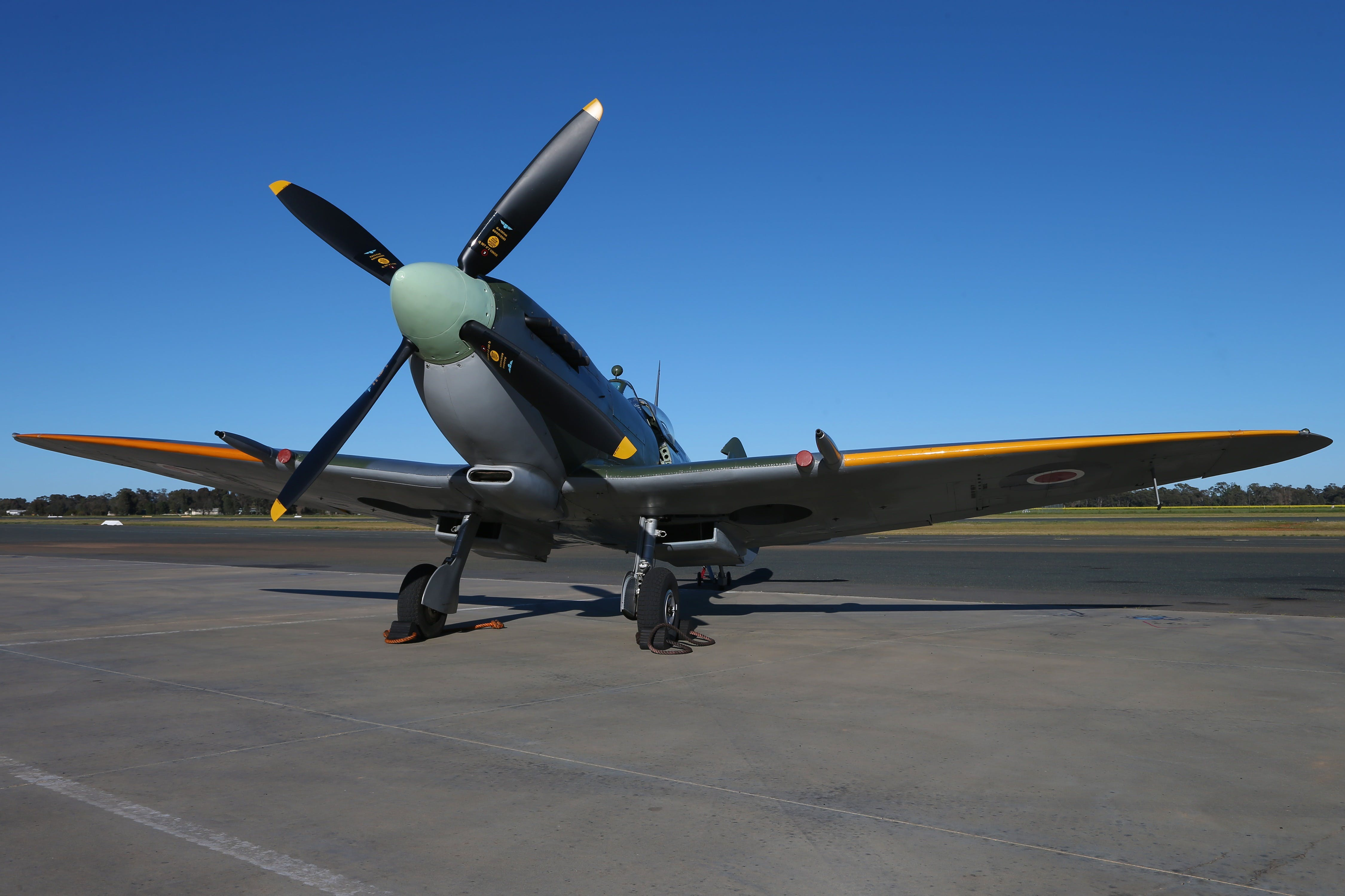 October Weekend Aircraft Showcase - Redcliffe Tourism