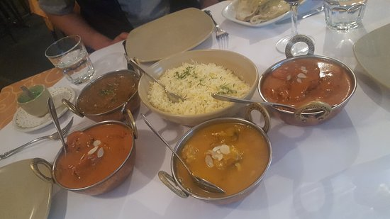 Tandoori  Curry Club - Redcliffe Tourism
