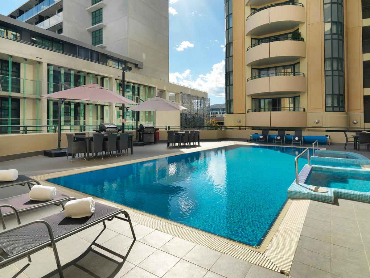 Adina Serviced Apartments Canberra James Court - Redcliffe Tourism