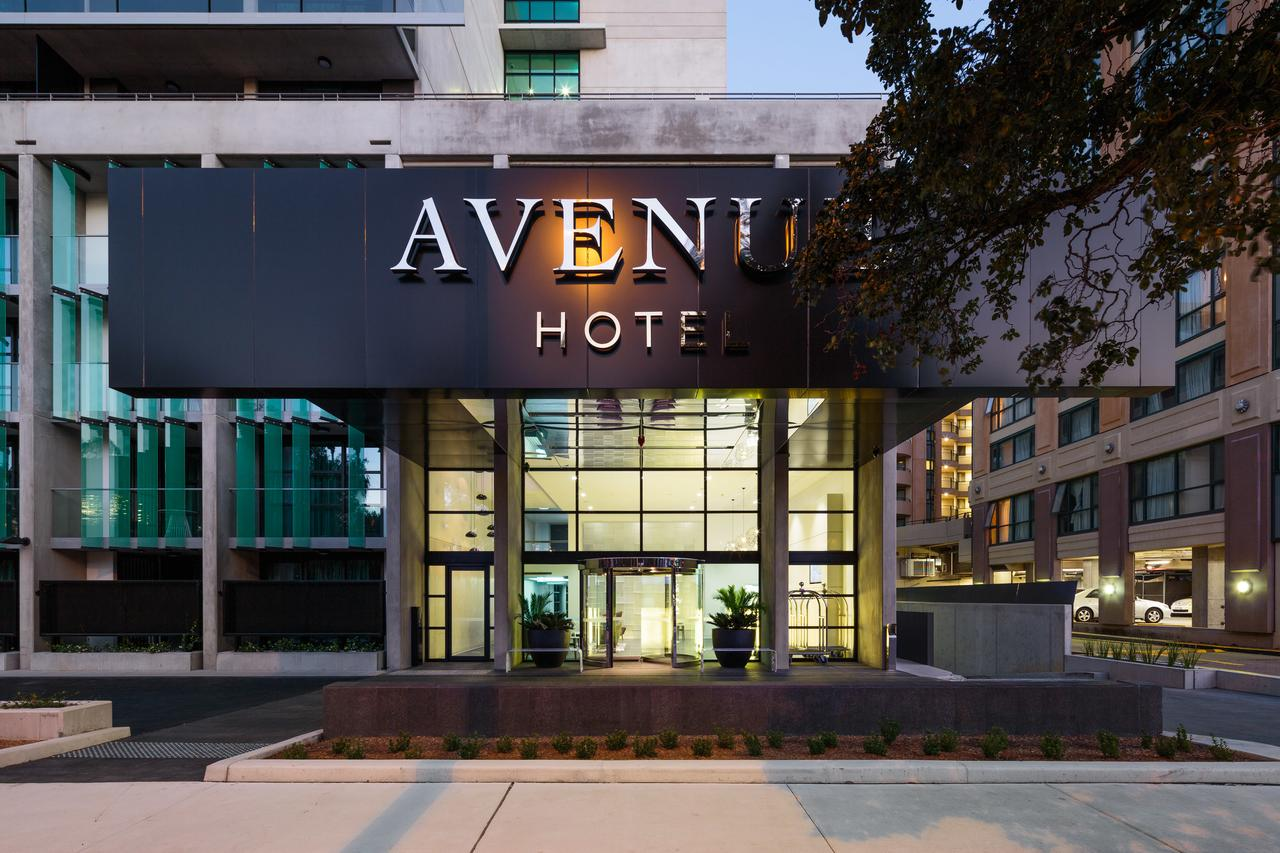 Avenue Hotel Canberra - Redcliffe Tourism