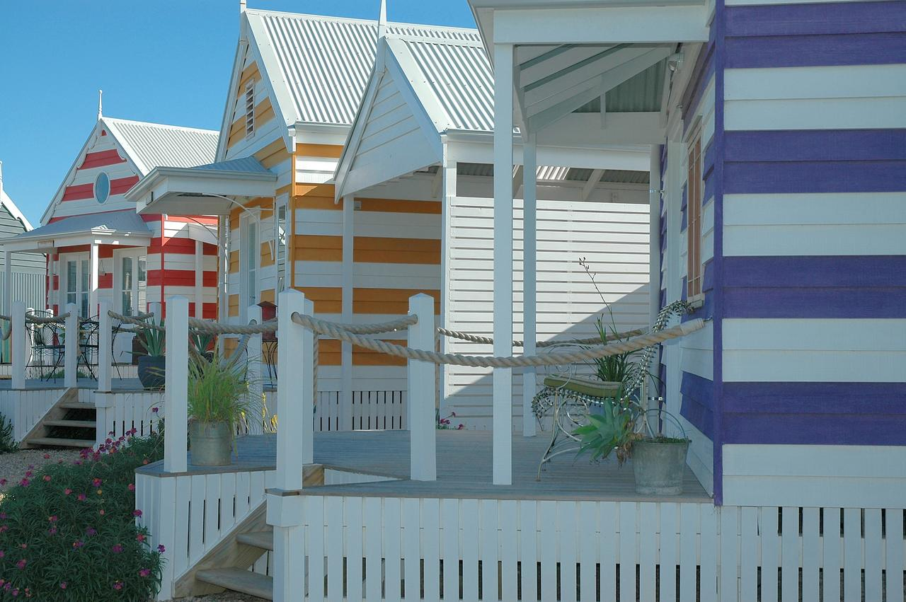 Beach Huts Middleton - Redcliffe Tourism